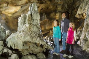 Echo Dell: Snowman / Rainbow room at Indian Echo Caverns